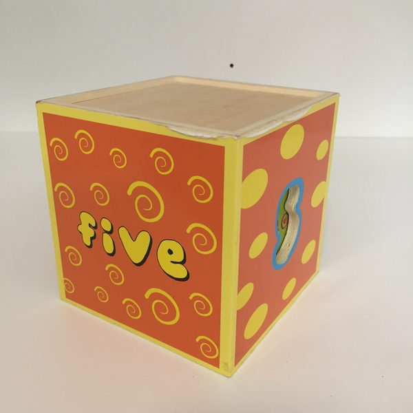 BBY040: Wooden Stacking Boxes