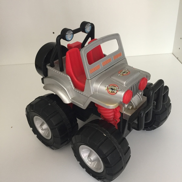 CAR006: Thumper 4x4 Large Toy Car