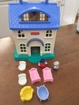 C591: Little People Dollhouse