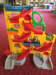 G176: FP Little People Car Ramp