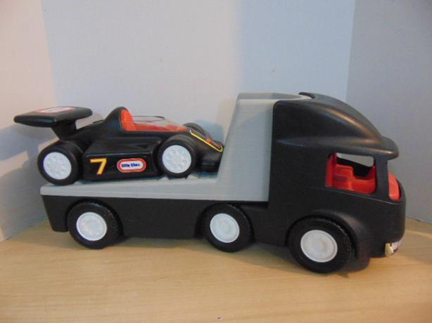 40: Little Tikes Race Car Hauler