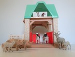 63: LITTLE TIKES STABLE #A