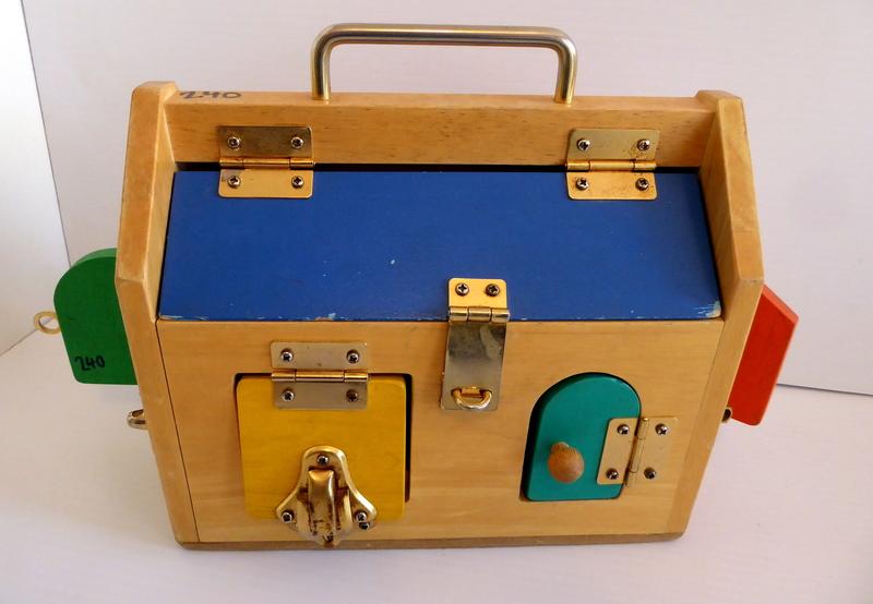240: ACTIVITY LOCK BOX