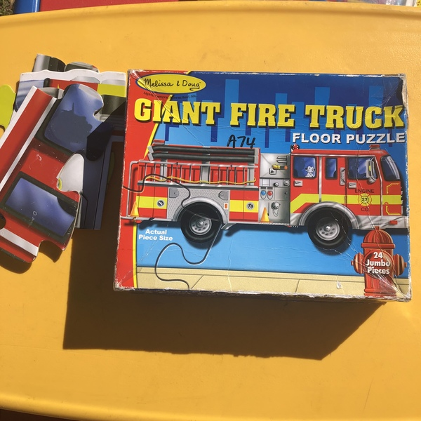A74: giant Fire Truck floor puzzle