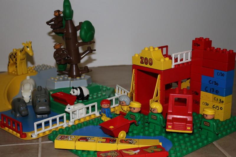 C130: Duplo Zoo
