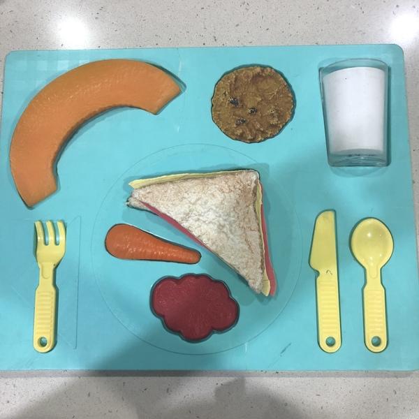 C175: Food Tray Puzzle