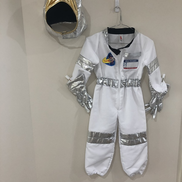 G193: Astronaut Costume