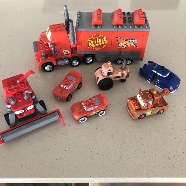 C147: Lighting McQueen Mega Blocks and Cars Friends