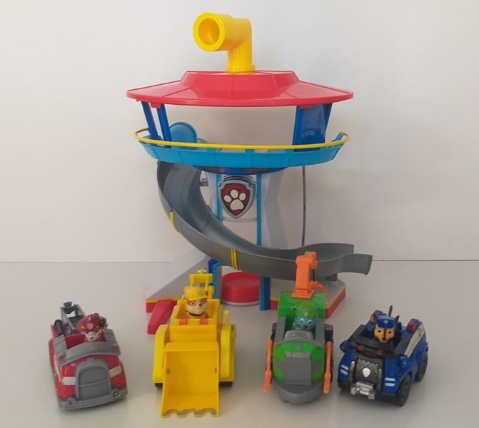 IMG106: Paw Patrol Lookout Tower