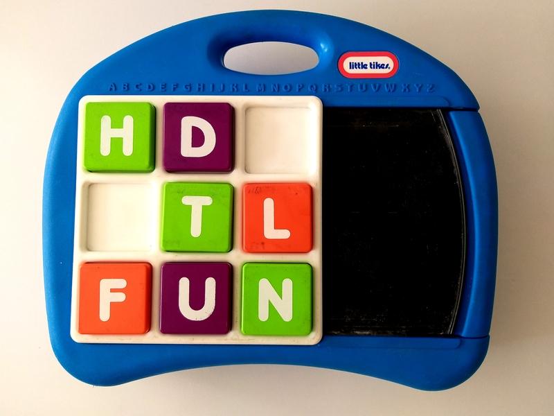 EL8: Alphabet Desk