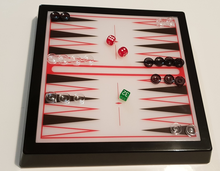 PG47: Light Up Backgammon