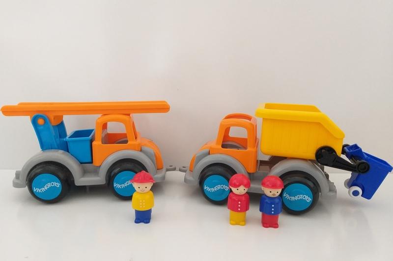 VT23: Jumbo Garbage and Fire Engine Trucks