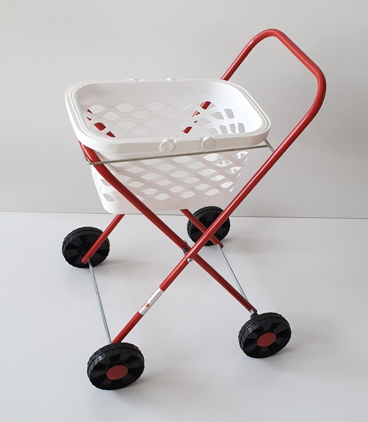 RP82: Metal Clothes Trolley and Basket