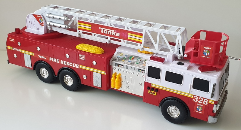 VT47: Large Tonka Fire Truck