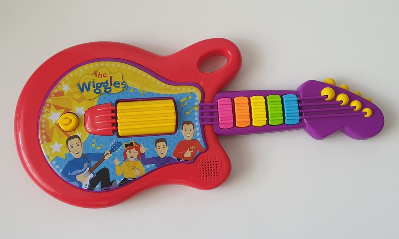 M17: The Wiggles Guitar