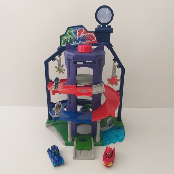 IMG121: PJ Mask Team Headquarters Playset