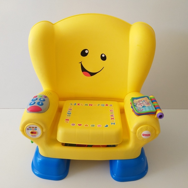 B106: Laugh & Learn Smart Stages Chair
