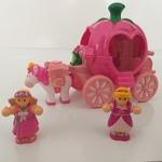 IMG136: Pippa's Princess Carriage