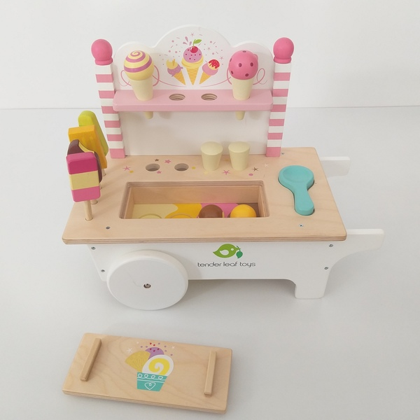 RP93: Ice Cream Cart