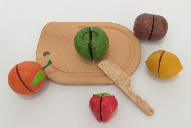 RP99: Assorted Fruit Set
