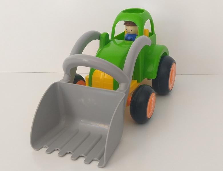 VT67: Jumbo Tractor