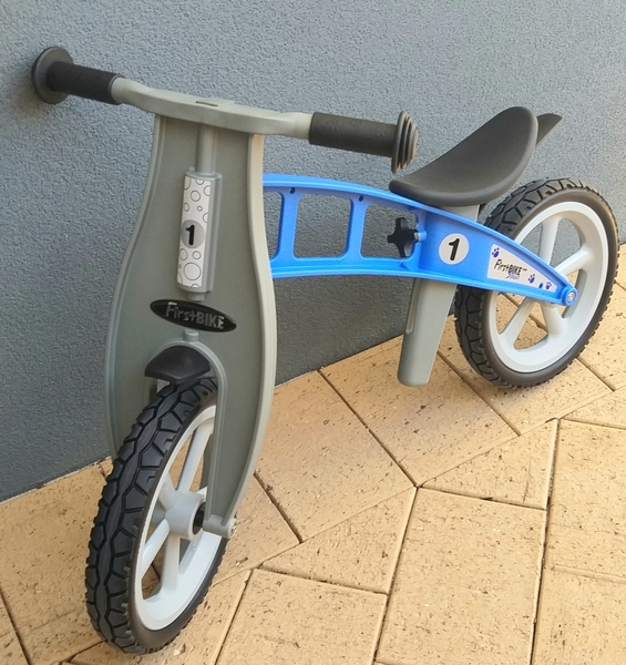 R47: FirstBIKE Blue