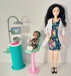 IMG152: Barbie Careers: Dentist Playset