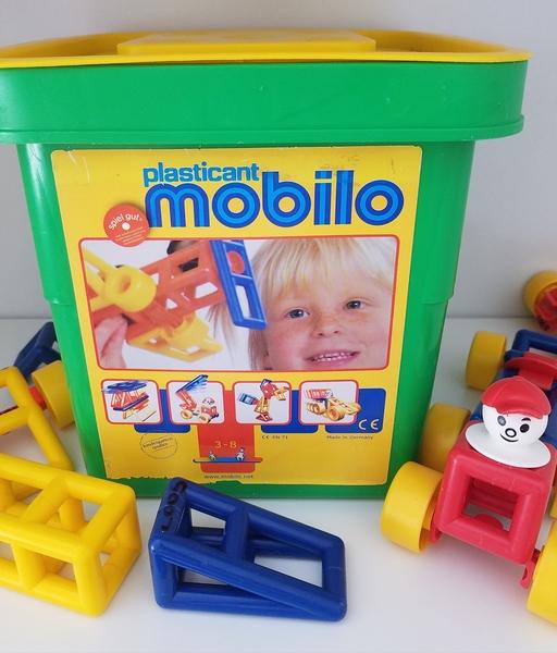 C005: Mobilo