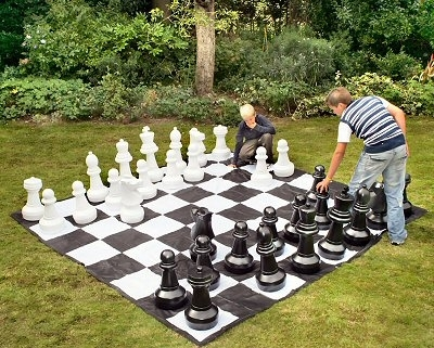 O52: Outdoor Garden Chess