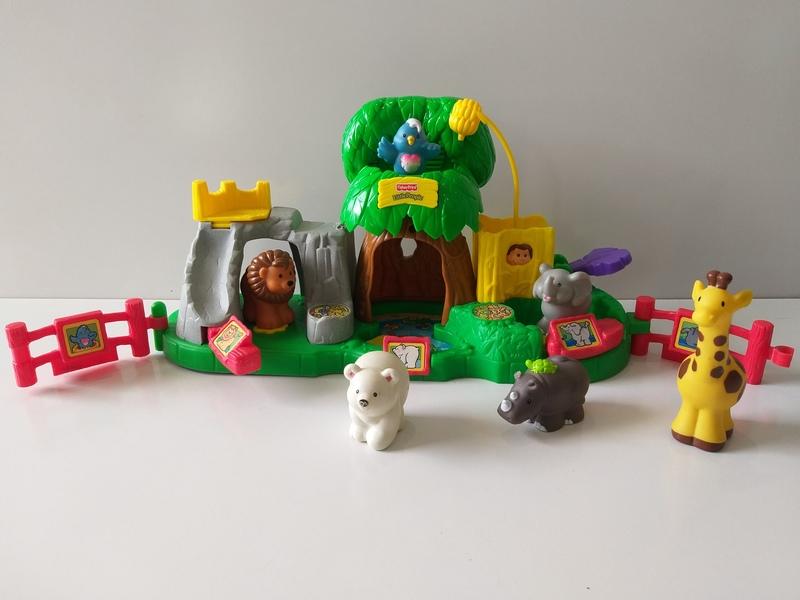 IMG135: Little People Animal Sounds Zoo