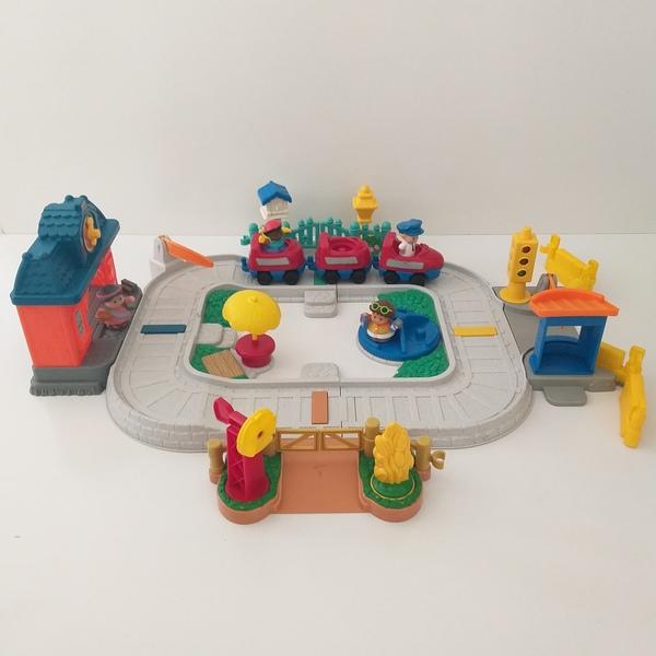 IMG124: Little People Railway Set