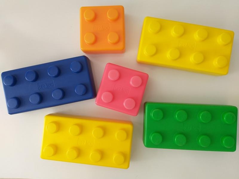 C017: Happy Building Blocks