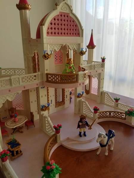 H20: Playmobil 4250 Princess Castle