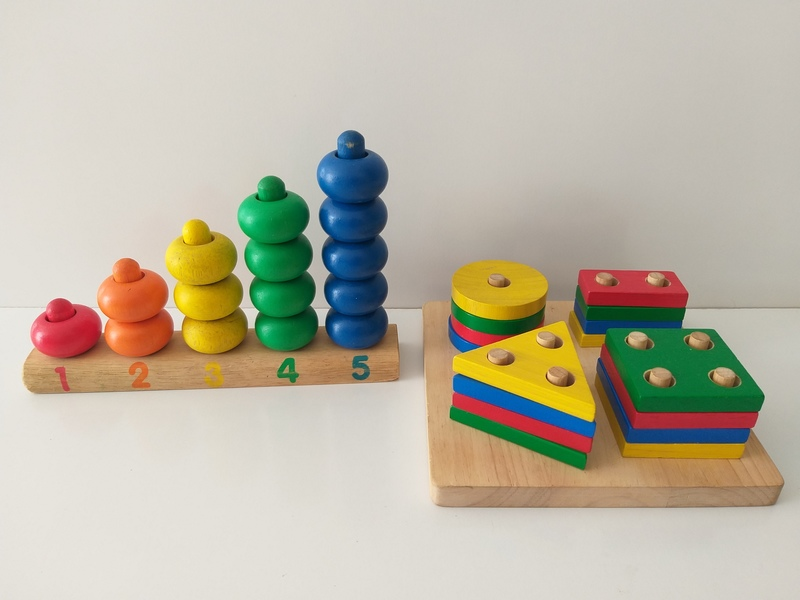EL42: Counting Frame and Shape Peg Puzzle
