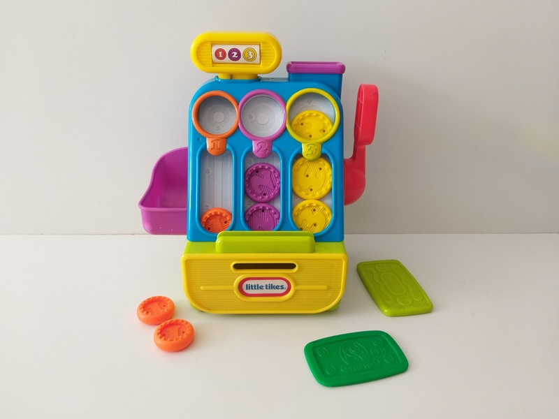 RP25: Count 'n' Play Cash Register