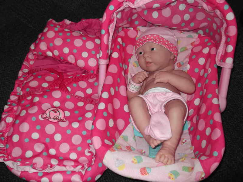 H13: Newborn Girl Set