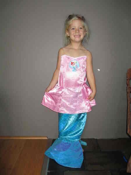 D30: Little Mermaid Costume