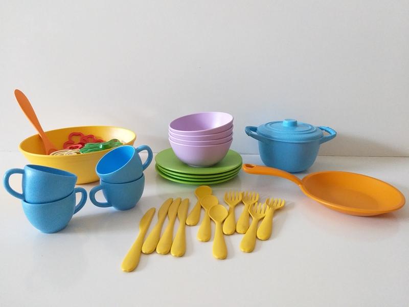 RP11: Green Toys Kitchen Set