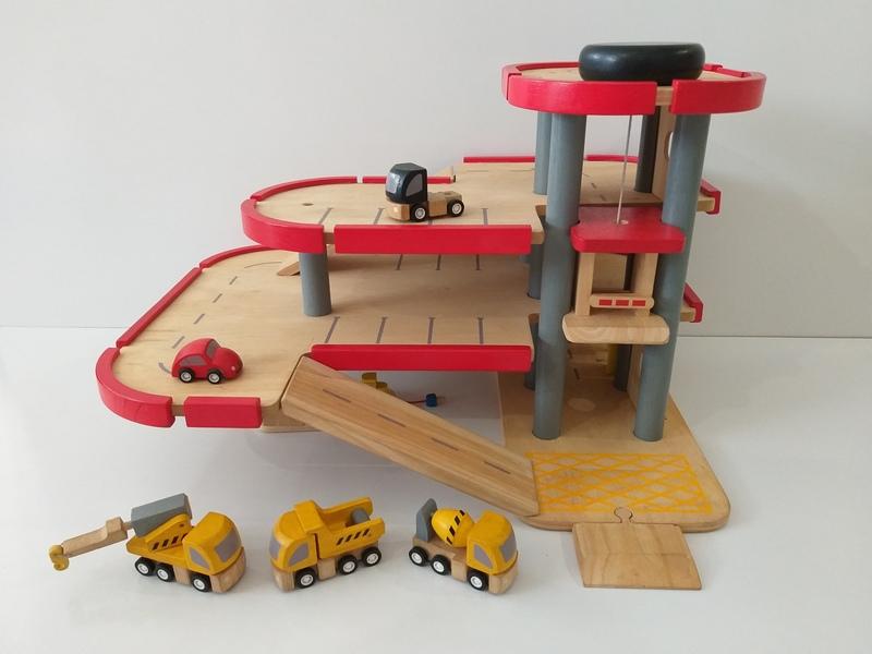 VT24: Car Park with Cars