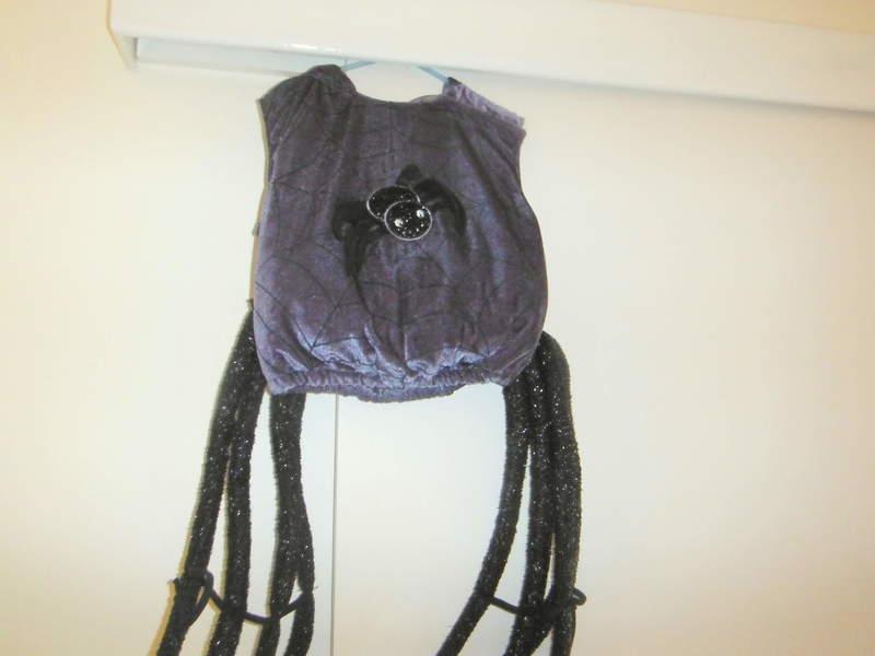 D70: Halloween Spider Costume