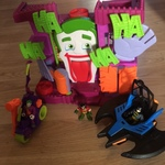 E465: Imaginext Jokers Fun House Playset