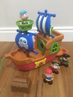 E469: Pirate Ship