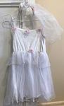 660: Bride costume