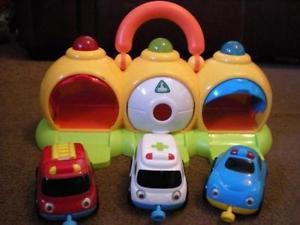 803: Emergency Vehicles and Garage Set