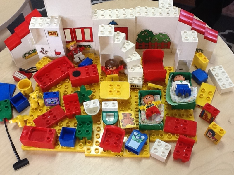 1992: Duplo Family Home