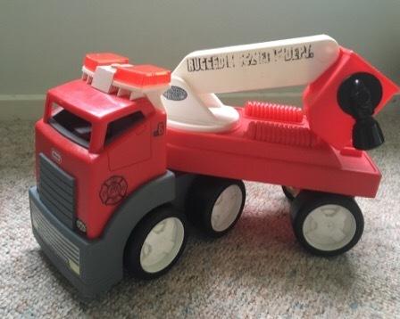 4389: Rugged Riggz Fire Truck