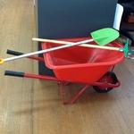 1490: Red Wheelbarrow