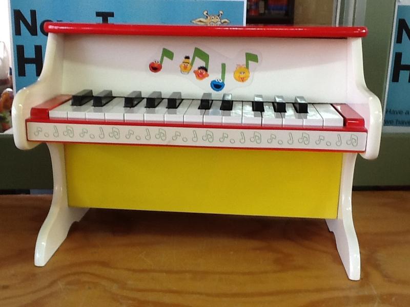 769: Mini Piano