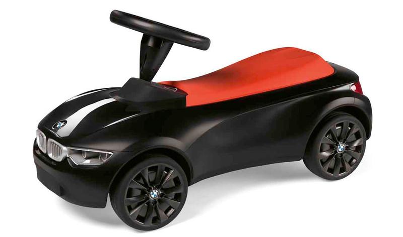 1128: Black BMW Car