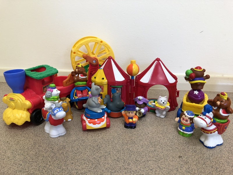 F182: Fisher Price Little People Circus Set
